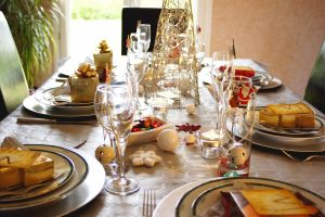 Natale: Mangiare senza sensi di colpa con la Mindful Eating